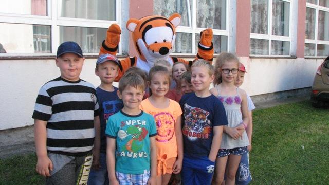 Dzień Dziecka w Zespole Szkolno-Przedszkolnym w Rajgrodzie. Zdj. Nr. 6
