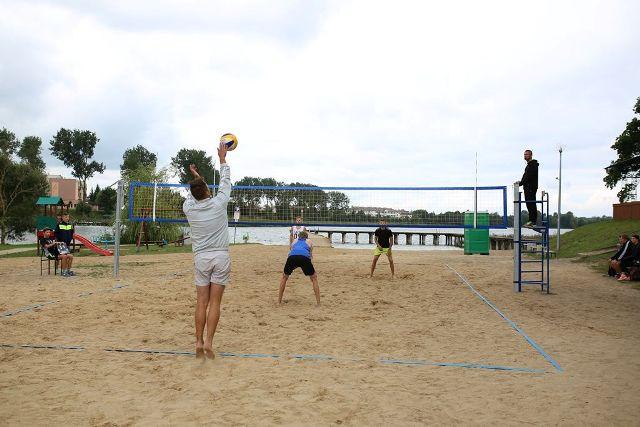 Turniej Plażowej Piłki Siatkowej Zdj. Nr 2