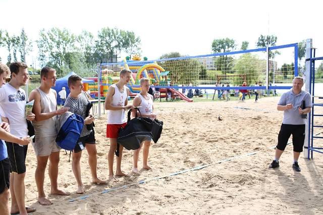 Turniej Plażowej Piłki Siatkowej Zdj. Nr 23