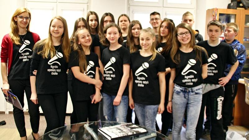 Młodzi-dziennikarze-w-Radiu-5-galeria.jpg